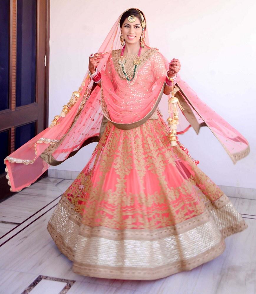 wedding in ludhiana with a radiant bride wedding lehenga 1 pink bridal lehenga 4