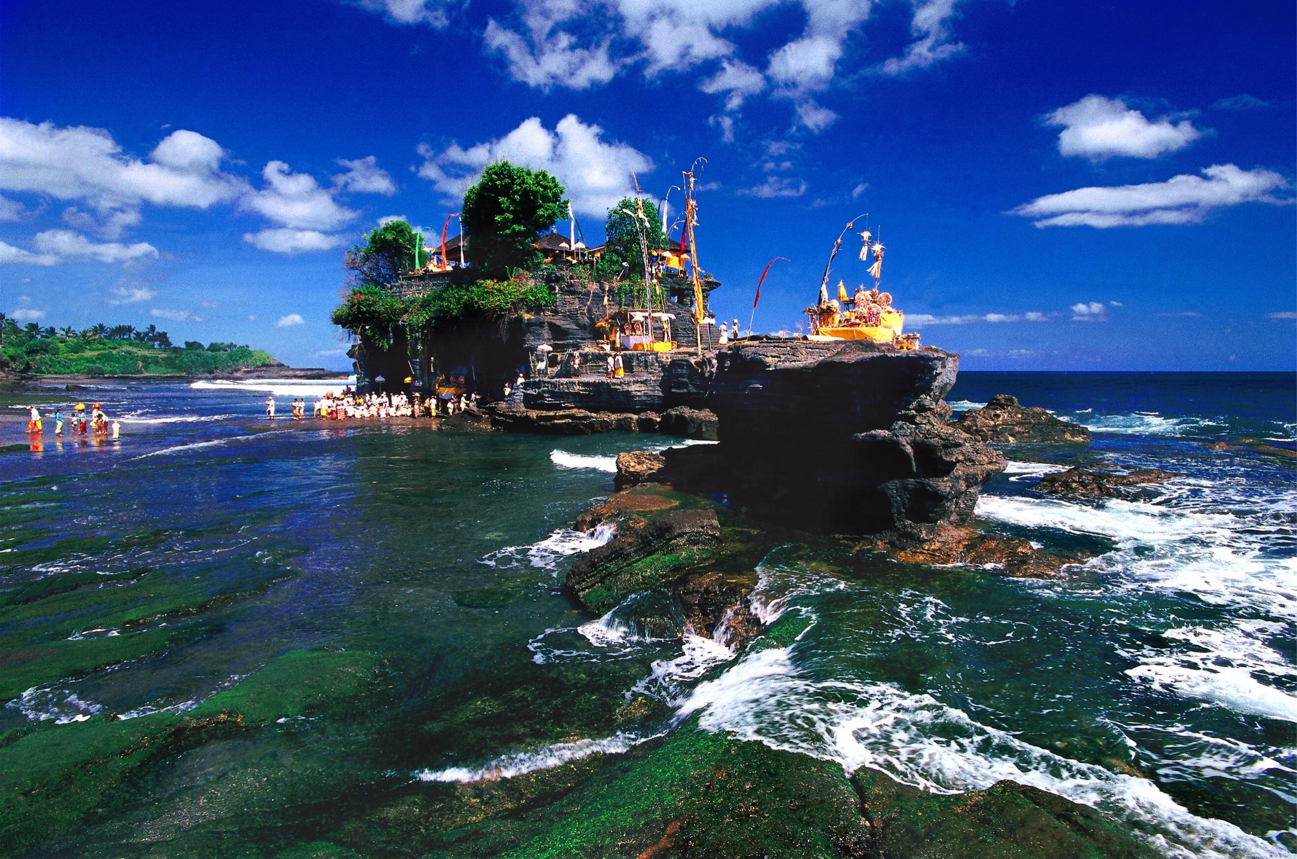 Temple-Ceremony-in-Bali
