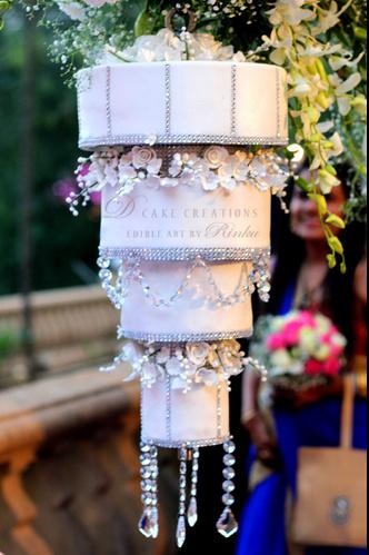 chandelier-cake.bmp