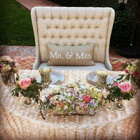 The Prettiest Bride And Groom Chairs For Your Wedding