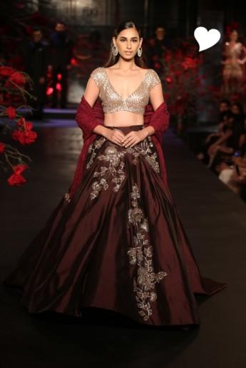 manish malhotra couture amazon india week lehenga bridal collection runway blouse empress silver burgundy autumn indian designer story dupatta winter