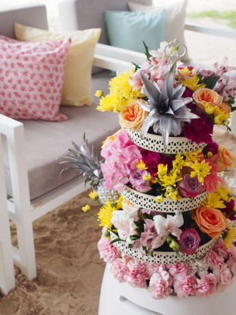 Mauritius wedding with absolutely stunning decor wedmegood the mad hatters beach party junglespirit Gallery