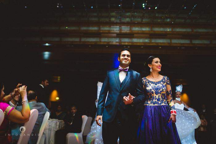 02-ritzcarltondifc-dubai-destination-wedding-reception-into-candid-photography-pr-161