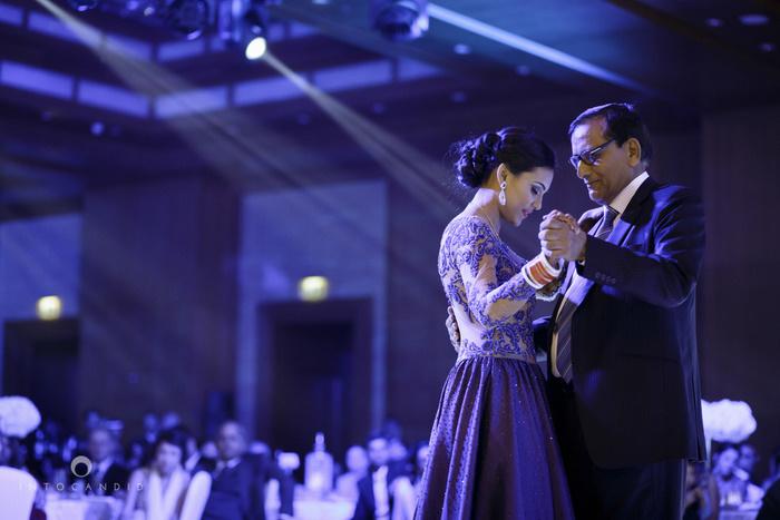 02-ritzcarltondifc-dubai-destination-wedding-reception-into-candid-photography-pr-173