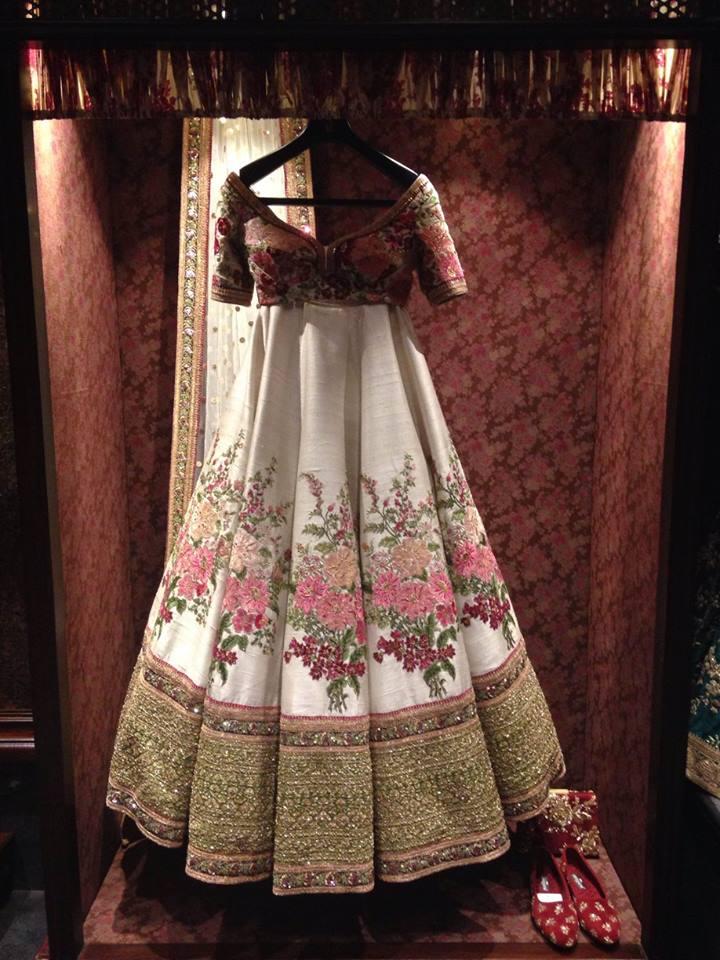 Inside the new Sabyasachi Store in Delhi !, | WedMeGood