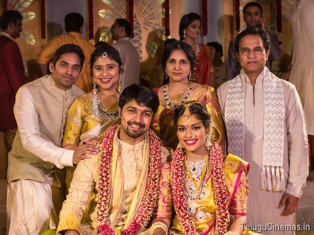 CHIRU FAMILY AT SRIJA MARRIAGE PHOTOS (1)