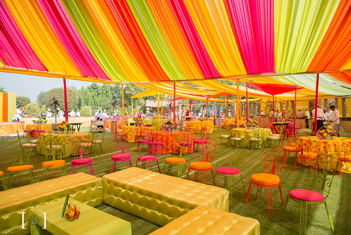 Sunny and versatile wedding in jaipur with oodles of charm wedmegood mehendi 8 junglespirit Images