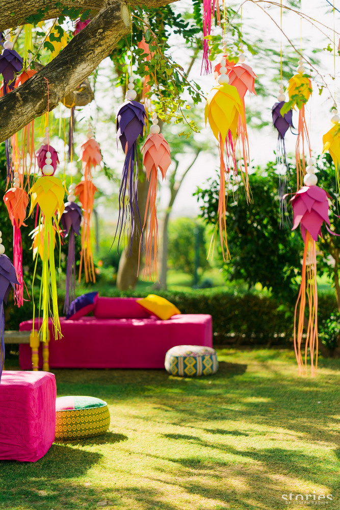 Best Ways To Use Paper Creatively In Your Wedding Decor Hello