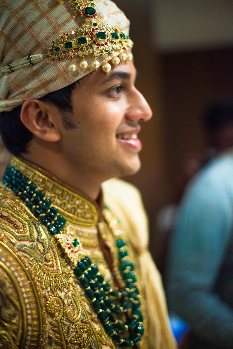 Unique Ways to Wear A Jhoomar At Your Wedding, Mehendi ...