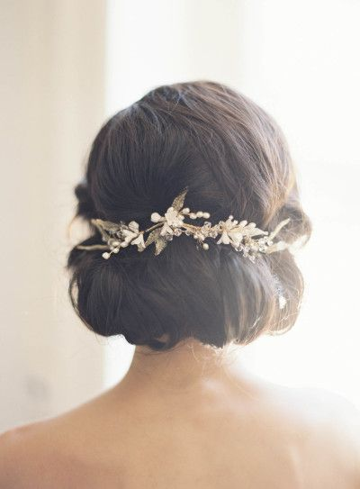 Short Hair Dont Care Bridal Hairstyles For Short To Mid Length Hair Wedmegood